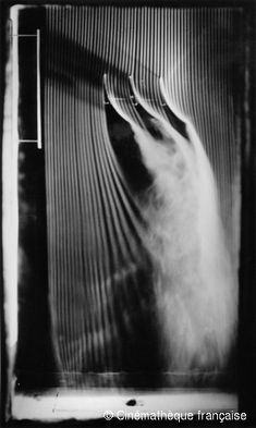 Etienne-Jules Marey,Three associated concave surfaces, 30-degree angle, fourth and last version of the smoke machine equipped with 57 channe...