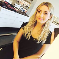 Pin for Later: The Glam and Not-So-Glam Moments of Getting Red Carpet Ready 11 a.m. Sunday: The Nars Boutique Red Carpet Ready, Glamour, Independent Women, Boutique, Beauty Secrets, Nars, Photo Galleries, Hair Makeup, Sunday