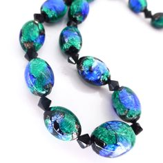 VINTAGE ART DECO BOHEMIAN BLUE GREEN PEACOCK FOIL GLASS BEAD NECKLACE