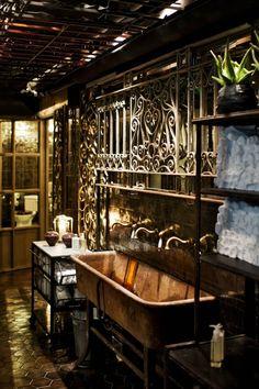 Beautiful interior - nice details