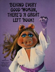 Miss Piggy Receives Her Feminist Award and Talks About Feminism Miss Piggy Quotes, Les Muppets, Fraggle Rock, The Muppet Show, Kermit The Frog, Kermit And Miss Piggy, Comic, Jim Henson, Karate