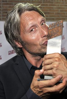 Mads Mikkelsen   aggressively wishes I were that statue