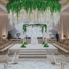 Stunning and unforgettable are the weddings by @internationaleventco. Be the center of attention on special day! Venue: @beverlywilshire | Floral/Decor: @theemptyvase | Photography: @amyandstuart | Band: @90210ent | Draping/Bars/Stage: @edgedesigndecor