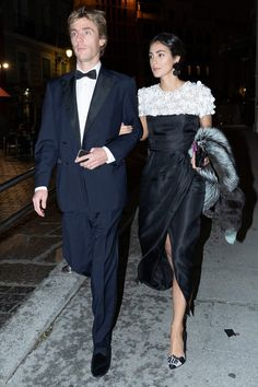 Alessandra de Osma Outfits Fiesta, Estilo Real, Stylish Couple, Royal Brides, Moda Boho, Boho Look, Royal Fashion, Elegant Woman, Spring Dresses
