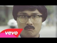 Waze & Odyssey vs R. Kelly - Bump & Grind 2014 - YouTube