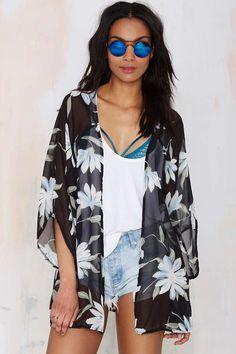 Glamorous Isadora Chiffon Kimono