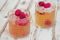 Raspberry ginger smash cocktail This glorious mixed drink welcomes you to fall in style.