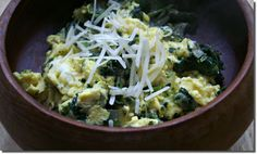 Low Calorie Scrambled Eggs with Kale...can add mushrooms, tomatoes, bell peppers, black beans.