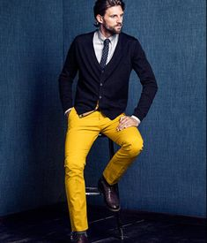 I don't think i could get hubby to wear Yellow Pants... But boy am i going to try