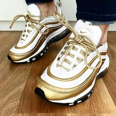 Oh my now these look superbuff miss @ria_rascal!!! Big fan of these!!!NIKE AIR MAX 97'golds'from 2012!!!Dope pic too keep that going miss!!! . . . #Sneakerplay #everythingairmax #airmaxalways #airmaxcity #airmaxkicks #airmaxsydney #dashape #eukicks #easethecrave #royalkicks #igsneakercommunity #instakicks #sneakershouts #sneakerpedia #klekttakeover #nikeog #kicksonfire #lacedsociety #complexsneakers #nicekicks #solelicious #foot_balla #sneakerplaats #getswooshed #nikevintage #nike #kixify…