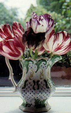 Victorian Garden Plants 1: Flowers Potted Plants, Garden Plants, Victorian Homes, Shrubs, Flower Art, Tulips, Flower Arrangements, Antiques, Georgian