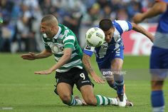 Sporting's Algerian forward Islam Slimani with Porto's Uruguayan defender Maxi Pereira in action during the Premier League 2015/16 match between FC Porto and Sporting CP, at Drag��o Stadium in Porto on April 30, 2016.