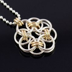 Chainmaille Tutorial Helm Flower Pendant by AussieMaille on Etsy Wire Wrapped Jewelry, Wire Jewelry, Pendant Jewelry, Handmade Jewelry, Wire Bracelets, Wire Rings, Jump Ring Jewelry, Chainmaille Bracelet, Jewelry Making Tutorials