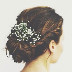 Elegant, timeless & versatile ✨ this morning we're declaring our love for gypsophila | Image via our new beauty crush @simplymecanmore