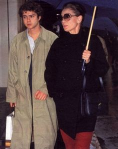 Luca Dotti photographed with his mother Audrey Hepburn during their shopping in Geneva (Switzerland), in September 1992.