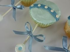 For Lib and her young friends still having babies...cute cupcake idea by ann.fishwickmcdonald