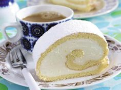Biskuitrolle backen - 7 goldene Gelingregeln - biskuitrolle_backen