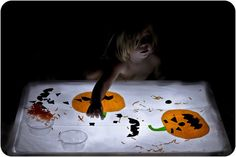 Winegums and Watermelons: #Halloween light table #play