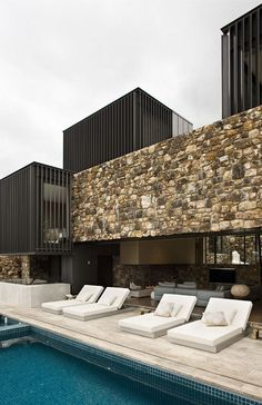Waiheke Island house, Local Rock, New Zealand Architecture Design, Residential Architecture, Contemporary Architecture, Contemporary Design, Modern Design, Casa Do Rock, House On The Rock, Stone Houses, Exterior Design