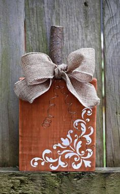 Fall Pumpkin Crafts, Autumn Crafts, Fall Pumpkins, Wooden Pumpkins, Fall Halloween, Halloween Crafts, Christmas Crafts, Thanksgiving Decorations, Halloween Decorations