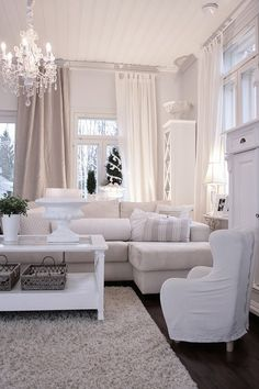 All White Done Beautifully Vary The Tones And Textures Add Lots Of Layers To Living Room
