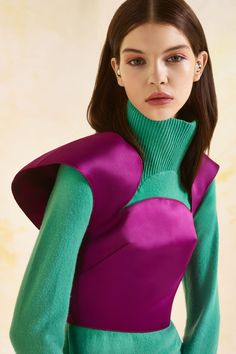 Mugler Pre Fall 13 (10) Superposition pull et top crop