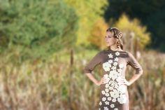 sylviabiro terméke. Egyedi, háromnegyedes ujjú csipkevirágokkal díszített ruha. Victorian, Dresses, Fashion, Vestidos, Moda, Fashion Styles, Dress, Fashion Illustrations, Gown