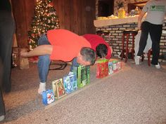 Minute To Win It: Christmas Edition