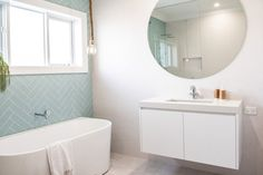 EPISODE FOUR | KIDS BED N' BATH — THREE BIRDS RENOVATIONS featuring the Caroma Aura Back to Wall Freestanding Bath #inspiringbathrooms #bathroomreno #caroma