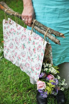 Simple and fabulous, a flower carrier.
