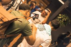 You see the waves! @theerealrg3 from Detroit signing @wavesbyjayyy T-shirt all the way from Toronto for Best Of Both Curls 2.0 All The Way, Pop Up, Detroit, Afro, Toronto, Curls, Champion, Waves, Photo And Video