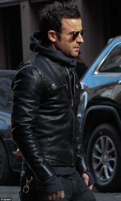 Justin Theroux, Black Leather Moto Jacket, Classic Urban Street Style, Men's Fall Winter Fashion.