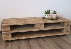 Couchtische - Lowboard / TV-Schrank aus Paletten - ein Designerstück von Woodful bei DaWanda