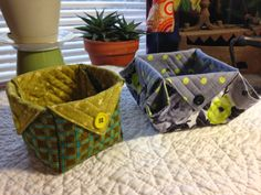 Quilt to the Edge: Quilted boxes