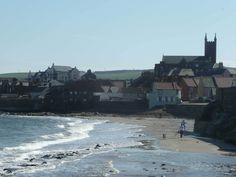 East Lothian se extiende hacia el este por la costa, hasta el turístico municipio costero de North Berwick y el pueblo pesquero de Dunbar. #MeGustaEscocia