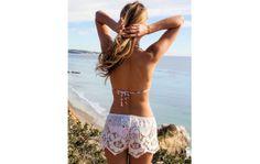 Short de plage en dentelle 31€80 http://www.lamalleauxaffaires.fr/femme/2083-short-de-plage-en-dentelle.html