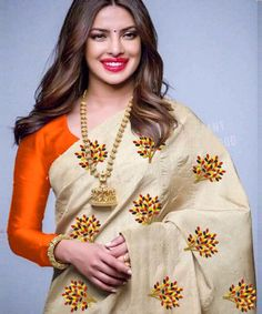 Sarees are something that every woman loves. Jomso give you new look. Rediscover the magic of ethnic wear with Florence's wide range of designer sarees.The saree length is meter and blouse length is meter. Indian Designer Sarees, Latest Designer Sarees, Indian Sarees, Designer Sarees Collection, Saree Collection, Fancy Sarees, Party Wear Sarees, South Silk Sarees, Fancy Suit