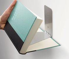"""Estante invisível com livro """"flutuante"""""""