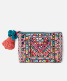 Mirror embroidered clutch, null€ - 300 mm - Find more trends in women fashion at Oysho . Beaded Clutch, Beaded Purses, Beaded Bags, Best Leather Wallet, Tribal Bags, Ethnic Bag, Embroidery Bags, Boho Bags, Cute Bags