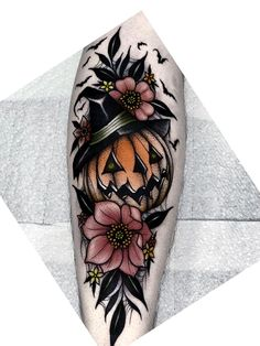 Future Tattoos, Love Tattoos, Beautiful Tattoos, Body Art Tattoos, Tattoos For Women, Tatoos, Spooky Tattoos, Cute Halloween Tattoos, Pumpkin Tattoo