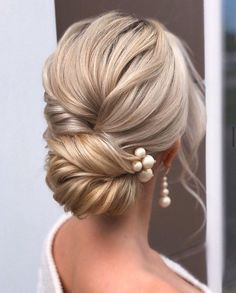 hair pin hair flowers hair and makeup wedding hair wedding hair updos wedding hair hair styles for shoulder length hair for wedding hair Bridal Hair Updo, Wedding Hair And Makeup, Hair Wedding, Hairstyle Wedding, Hairstyle Ideas, Elegant Wedding Hairstyles, Hair Ideas, Wedding Updo With Braid, Upstyle Wedding Hair