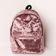 Mochilas in Alone With a Paper Mocila Veludo Rosa *Clique para ver post completo* Cute Mini Backpacks, Girl Backpacks, Pretty Backpacks, Cute Backpacks For School, Leather Backpacks, Leather Bags, Fashion Bags, Fashion Backpack, 90s Fashion