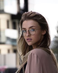 "Pictures to the request ""fashion frames - Glasses women - Cute Glasses, Girls With Glasses, Glasses Frames, Womens Fashion Online, Latest Fashion For Women, Lunette Style, Fashion Eye Glasses, Womens Glasses, Eyeglasses"