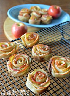 GORGEOUS Apple Rose Tarts for Snacks and School Lunches #kidsinthekitchen