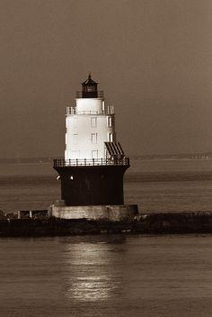 Harbor of Refuge Lighthouse, DE