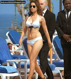 Hot Bollywood Babes in Bikini ~ Bollywood Glitz 24 - Hot Bollywood Actress