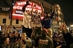 Chicago Tribune: Huge crowds downtown, at Wrigley for Cubs World Series parade
