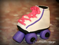 Roller Skates Cake Topper by SweetcreationsbyGigi on Etsy Roller Skate Cake, 6 Cake, Fondant Cake Toppers, Skates, Cake Ideas, Baby Shoes, 3d, Etsy, Baby Boy Shoes