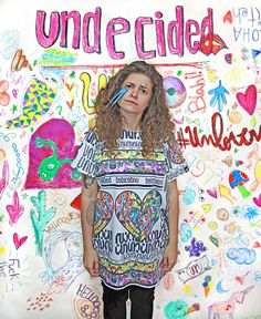 BROKEN UN t-shirt, color, oversize, sequins, fashion, makeup, undecided, unlovers, fun, glitter, design, shiny, club, aliens, spontaneous, irreverent, gold, pink, blue, green, white, purple, unlovers , handmade, pattern Pink Blue, Blue Green, Aliens, Sequins, Glitter, Club, Blouse, Makeup, Pattern