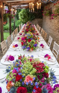 How to throw a unique, unforgettable wedding party